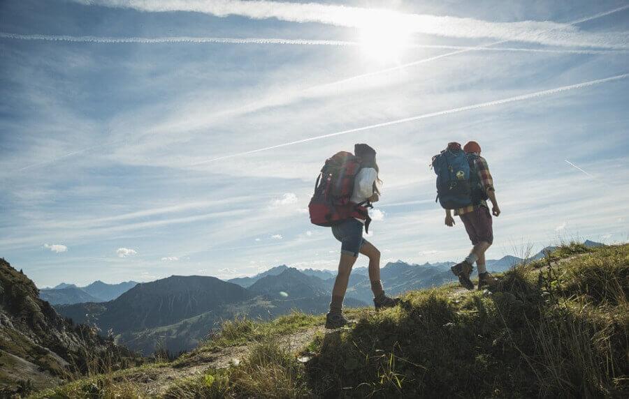 Сакаш да станеш планинар и да освојуваш врвови?